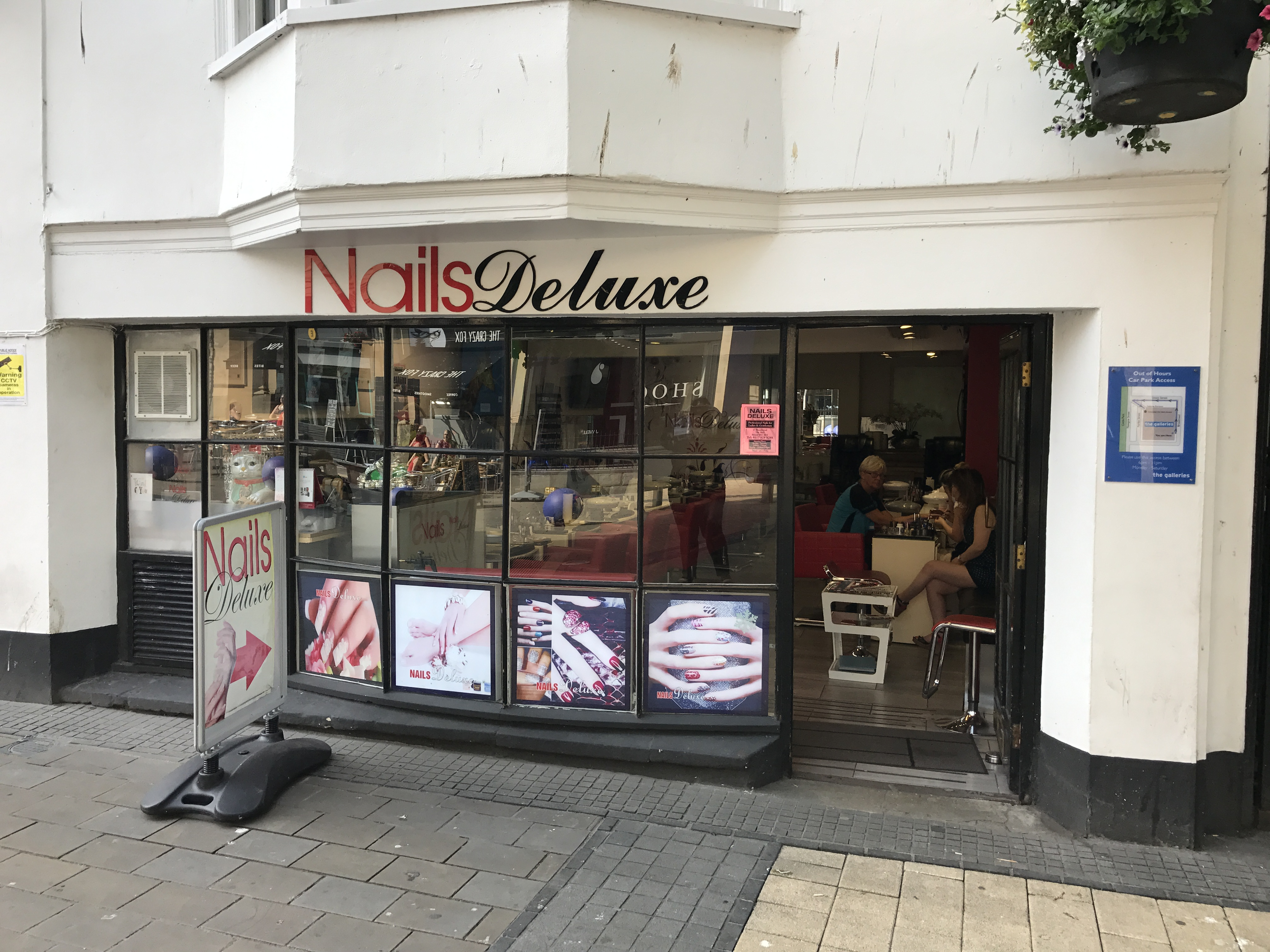 Nails Deluxe - Bristol Shopping Quarter
